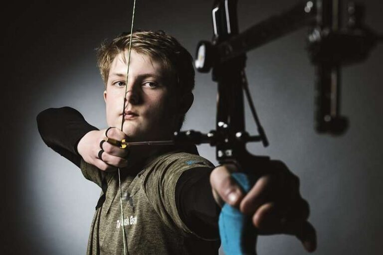 How To Shoot A Compound Bow